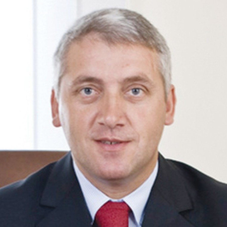 Adrian Țuțuianu