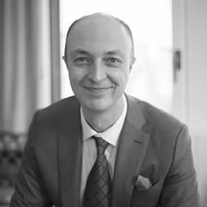 Dr. Pierre-Nicolas Schwab