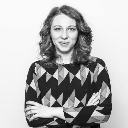 Mihaela Petre