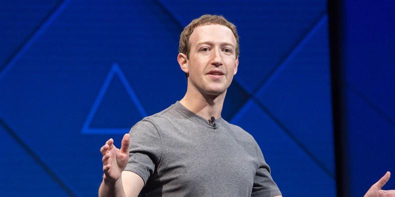 Facebook: Zuckerberg fait son mea culpa devant les députés européens