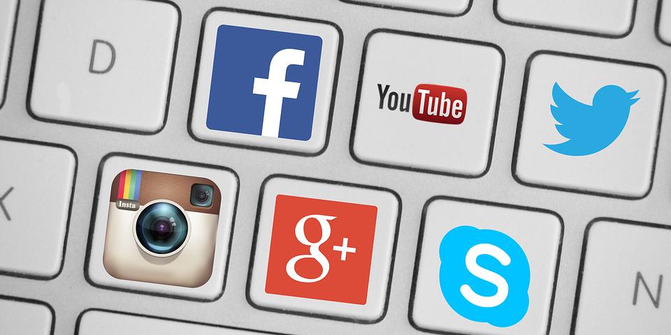 Photo of D'après Bruxelles, les réseaux sociaux suppriment plus rapidement les contenus haineux