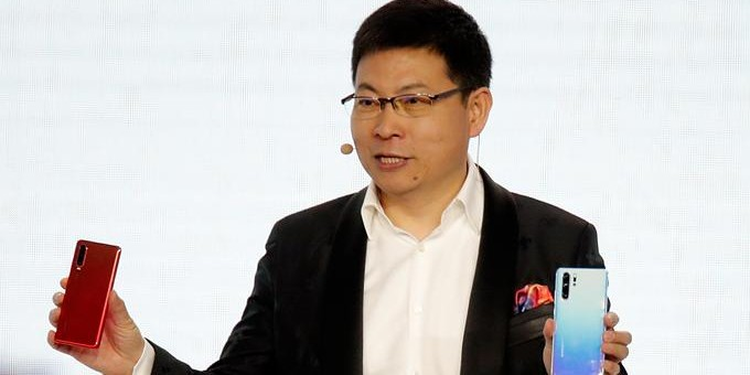 Photo of Huawei présente son nouveau smartphone à Paris