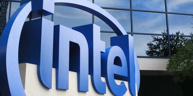 Photo of Intel et Facebook travaillent sur une puce d'intelligence artificielle