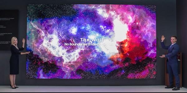 Photo of Samsung lève le voile sur les écrans de demain