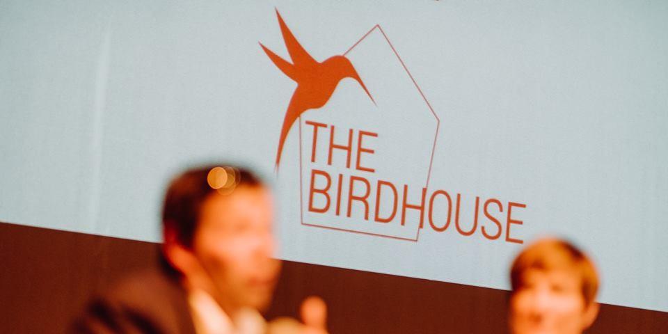 Belfius entend investir 10 millions d'euros dans des startups de l'accélérateur The Birdhouse