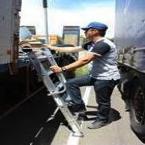 La franchise L`Echelle Européenne développe des produits pour accès sur véhicules à l`arrêt